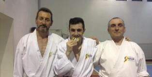 Fabio Pignatti (al centro) con Dino Ghelli (a sinistra) e Marco Leoni (a destra)