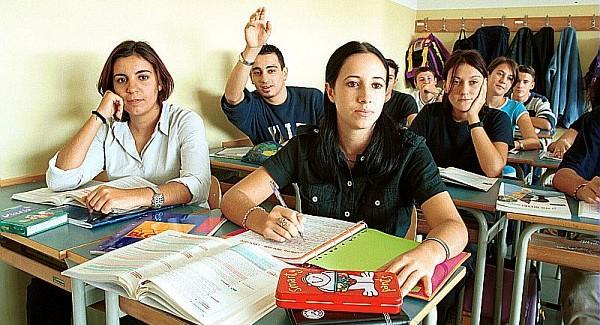 IL 15 SETTEMBRE AL VIA LE LEZIONI PER 32  MILA STUDENTI DELLE SUPERIORI