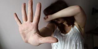 Db Milano 19/06/2013 - violenza sulle donne / foto Daniele Buffa/Image  nella foto: violenza sulle donne
