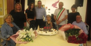 Fernanda Mantovani ha compiuto 100 anni