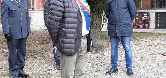 MIRANDOLA, 4 NOVEMBRE 2020: L'OMAGGIO DEL SINDACO ALBERTO GRECO AI CADUTI PRESSO IL CIMITERO MONUMENTALE