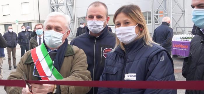 MIRANDOLA: VISITA DEL SINDACO GRECO PRESSO L'AZIENDA BIOMEDICALE LIVANOVA, PER L'INAUGURAZIONE DEL NUOVO IMPIANTO DI VENTILAZIONE